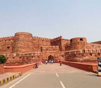 Exclusive Golden Triangle Tour with Himachal - Standard Hotel in 13 Days