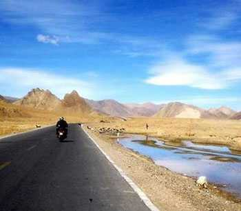 Leh Tour Package in 8 Days with Luxury Hotels