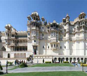 6 Days the Royal Rajasthan with 5 Star Hotels in February